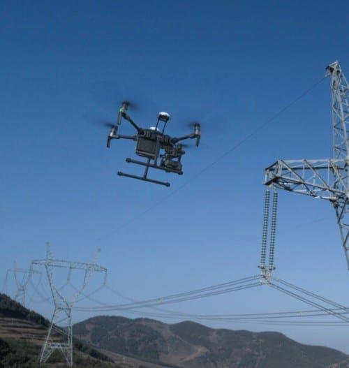 dron-kozmuvek